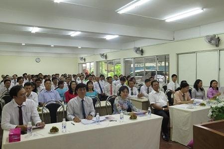 Các đồng chí tham gia Lễ công bố Quyết định thành lập Đảng bộ Ban Quản lý An toàn thực phẩm thành phố